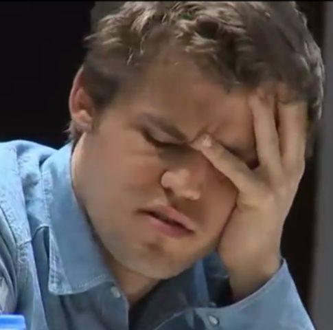 Carlsen blunder